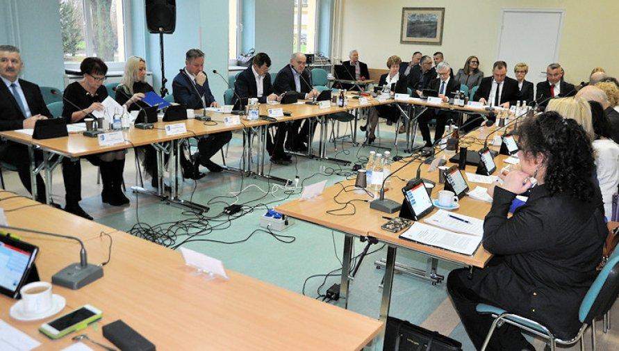 2020.04.22 XVI sesja Rady Powiatu w Kołobrzegu