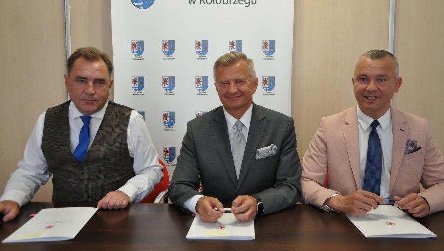 Umowa na modernizację infrastruktury sportowej
