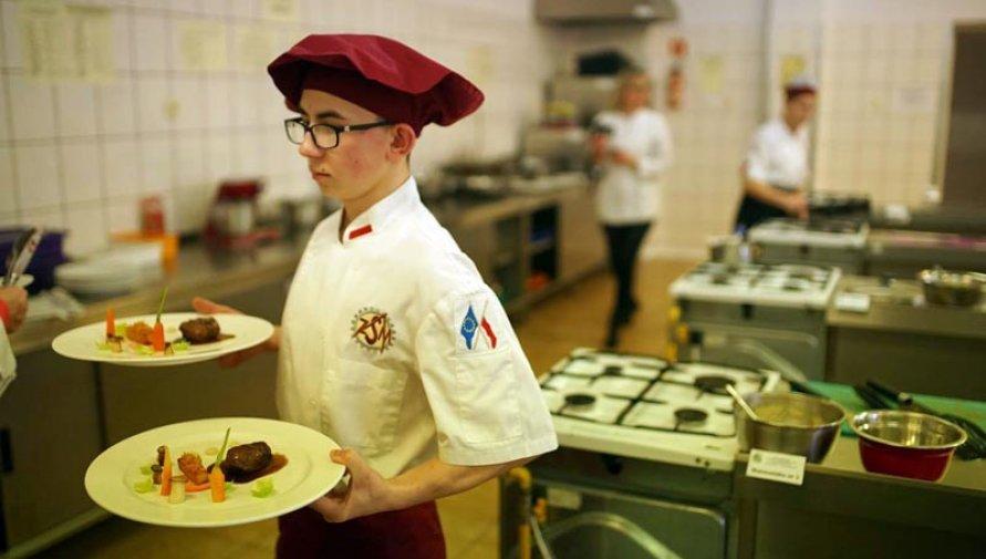 Kacper Wąsowicz najlepszym kucharzem - Kliknięcie w obrazek spowoduje wyświetlenie jego powiększenia